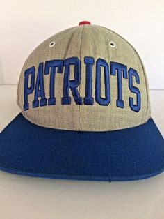 MITHCELL   NESS NEW ENGLAND PATRIOTS NFL VINTAGE COLLECTION SNAPBACK HAT  VGC  MITCHELLNESS  BaseballCap 5657e32c92eb