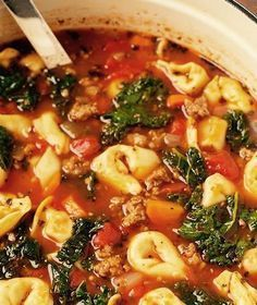 Healthy Crock Pot Italian Tortellini Soup - 21 Day Fix Approved - Adventures of a Shrinking Princess - Cold weather has set in here in Indiana and my need to cook cozy comfort foods is full-blown! 21 Day Fix, Best Italian Recipes, Italian Foods, Italian Recipes Crockpot, Italian Dishes, Sausage Recipes, Crock Pot Cooking, Crock Pot Healthy, Cooking Fish