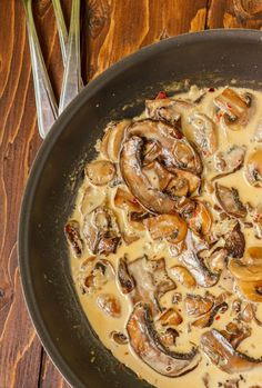 Portobello Mushroom Pasta with Cream Sauce | #recipe #mushrooms #vegetarian #glutenfree | thecookiewriter.com