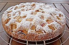 Rhabarberkuchen mit Eierlikör (Rezept mit Bild) von jd100312 | Chefkoch.de