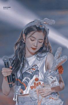 Aesthetic Girl, Kpop Aesthetic, Seulgi Instagram, Role Player, Red Velvet Irene, Ulzzang Girl, Beauty And The Beast, Kpop Girls, Korean Girl