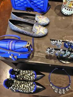 Agua del Carmen, boutique in Milan Blue Glitter, Rebecca Minkoff, Milan, Luxury Fashion, Street Style, Jewels, Boutique, Stylish, Hats