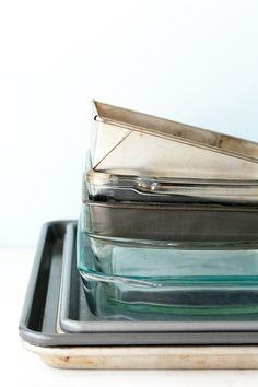 When to Use Glass Bakeware and When to Use Metal — We've Got Chemistry