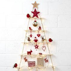 이미지 출처 http://cdn.notonthehighstreet.com/system/product_images/images/001/701/322/original_rope-ladder-alternative-christmas-tree.jpg