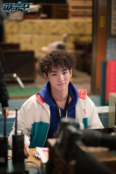 70531 #Key - 'LOOKOUT' Official Page #kdrama