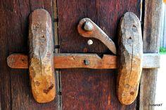 DSC_1700 Wooden Door Locks West Stow Anglo Saxon Village Thetford Suffolk 26-06-2010 | Flickr - Photo Sharing!