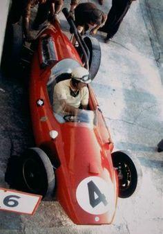 photo 60italy04MunaronCooperT51-Ferrari.jpg