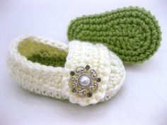 Christmas Baby Girl Shoes, Slippers - Green Cream Pearl Silver - YOUR choice size - (newborn - 12 months) - photo prop - children