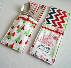 Cutlery Pockets Sewing Pattern | AllFreeSewing.com