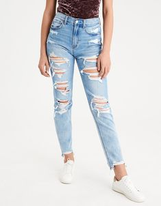 Shop American Eagle for Women's High-Waisted Jeans that look as good as they feel. Browse jeggings, skinny jeans, Curvy jeans and more in the high-waisted fit you love. High Rise White Jeans, White High Waisted Jeans, High Waisted Distressed Jeans, White Distressed Jeans, High Jeans, Cute Ripped Jeans, Light Wash Ripped Jeans, Ripped Jeans Outfit, Torn Jeans