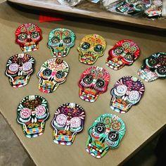 Magnet Skulls at Barrio Antiguo 725 Yale St #HoustonTexas #HoustonHeights  ( 713 ) 880 2105 sales@barrioantiguofurniture.com