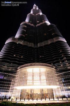 One of the World's most beautiful architectures, Burj Khalifa, Dubai Cantilever Architecture, Futuristic Architecture, Amazing Architecture, Architecture Design, Amazing Buildings, Modern Buildings, Dubai City, Dubai Uae, Dubai Holidays