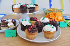 Crocodile birthday party by luminositie-blog, via Flickr