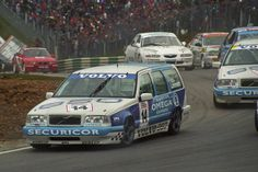 volvo 850 estate btcc - if anyone knows how to get a 1/18 estate one of these  PLEASE let me know!!!