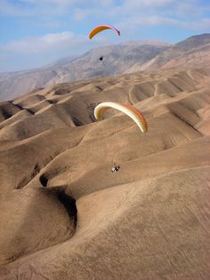 Paragliding Adventures Iquique, Chile Central America, South America, Bolivia Travel, Winter Scenery, Paragliding, Amazing Adventures, Aerial View, Cool Places To Visit, Nature