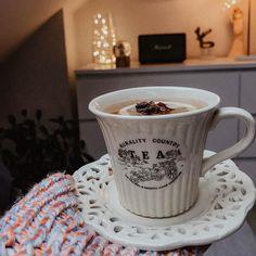 """Polubienia: 638, komentarze: 19 – Mam Na To Oko ▪️Gosia (@mamnatooko) na Instagramie: """"☕️ Kawa czy herbata? ☕️ #Luty! Niech to będzie dobry miesiąc 🍀 Ps. Najwyższy czas schować wszystkie…"""" Luty, Coffee, Tableware, Instagram, Kaffee, Dinnerware, Tablewares, Cup Of Coffee, Dishes"""
