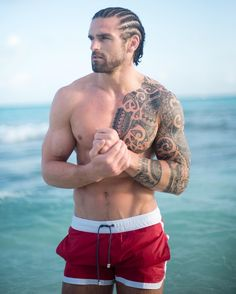 """Stuart Reardon on Instagram: """"Inaction breeds doubt and fear. Action breeds confidence and courage. If you want to conquer any personal fear, do not sit at home and think about it. Go out and get busy. . #motivation #positivethinking #positivequotes #malemodel #fitness #fearless #fear #ink #inked #inspire #inkedmen #stu #stureardon #TeamFNF #Reardon #Repost #mexico #mextagram #mexicobeach #menwithbeards #riupalace #abs #athlete #body #beach #beachbody #tattooed #tattoedmen #instaquote"""""""