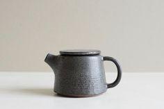 lau lab - porcelain teapot