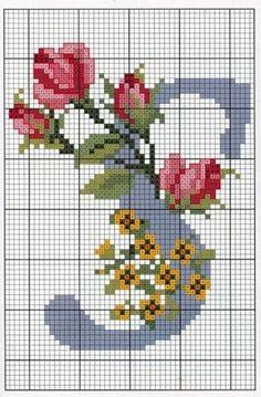 Ricami, lavori e schemi a puntocroce gratuiti: Schema a punto croce- alfabeto con le rose