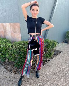 Brooklyn And Bailey Instagram, Famous Youtubers, Cute Casual Outfits, Harem Pants, Celebrities, Tik Tok, Finals, Clothes, Boards