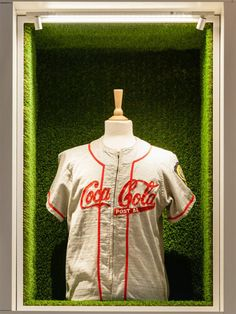 decorating offices company The Acrylicize studio was recently awarded for designing the interior of the new Coca-Cola center. Baseball Store, Coca Cola Bottles, New Interior Design, London, Offices, Display, Decoration, Shirt, Floor Space