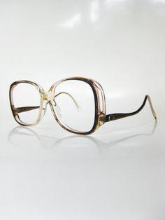 Vintage Avant Garde Eyeglasses 1970s Womens Sunglasses Boho Chic Bohemian Light Brown Mocha 70s New Wave Sidewinder Indie Hipster Ladies