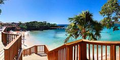 Roatan - Media Luna Resort and Spa! So excited. Media Luna, Caribbean Homes, Roatan, Mexico Vacation, All Inclusive Resorts, Vacation Packages, Holiday Time, Island Life, Resort Spa