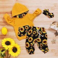 Baby Girl Skirts, Cute Baby Girl Outfits, Cute Outfits For Kids, Baby Dress, Boy Outfits, Baby Born Clothes, Winter Baby Clothes, Cute Baby Clothes, New Baby Girls