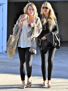 Nice 70 Miley Cyrus Style Inspiration www. Fall College Outfits, Cute Fall Outfits, College Fashion, Summer Outfits, Nice Outfits, Old Miley Cyrus, Miley Cyrus Style, Estilo Vanessa Hudgens, Leggings Fashion