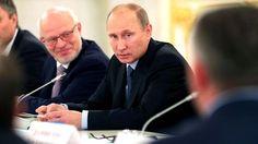 Zeit Online/Ausland/  Abstimmung Syrien-Einsatz/Putin warnt US-Kongress  Der russische Präsident Wladimir Putin hat angekündigt, jeden Angriff auf Syrien ohne UN-Mandat als Aggression zu werten. Obama hofft weiter auf ein Umdenken Putins. http://www.zeit.de/politik/ausland/2013-09/obama-syrien-schweden