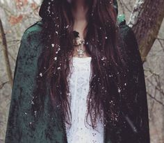 "elwethiel-daughter-of-the-forest: "" Snow in my hair ♥ Magical time in the embrace of Nature ♥ Don't delete my words or use my photo somewhere else without my permission, thanks! Queen's Sister, Daughter, Earthy Style, Taylor Hill, The Dreamers, Find Image, My Hair, My Photos, Dreadlocks"