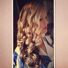 Side Curls for Wedding Guest @Jessica Rico Hair