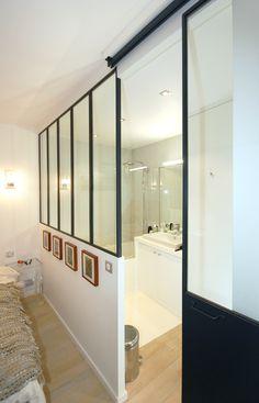 salle de bains Studio d'Archi verrière atelier porte coulissante baignoire béton