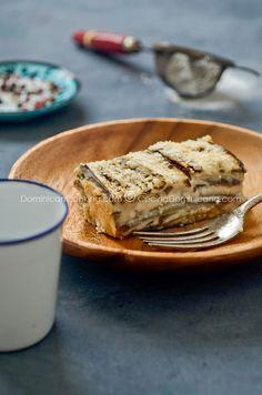 Este delicioso pastelón de berenjenas repleto de queso, y con una textura parecida a mousse, es una alternativa a los pastelones con carne que te va a encantar.