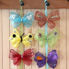 Disney Fairies - Pixie Hollow Games Fairy Butterfly Barrettes and Pins anther great addition to your Fairy Princess Party