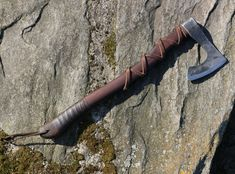 Viking Beard, Viking Axe, Escudo Viking, Ragnar Lothbrok Vikings, Axe Head, Battle Axe, Old Norse, Dark Ages, Leather Case