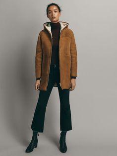 DOUBLE FACE NUBUCK JAS - Dames - Massimo Dutti Fall Winter, Autumn, Coats For Women, Fur Coat, Winter Jackets, Normcore, Spring Summer, Massimo Dutti, How To Wear