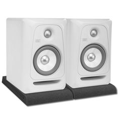 KRK PK-Rokit5G3W Powered 5-Inch Studio Monitor with sleek white finish is the perfect monitor for any studio environment. Great performance and accuracy.
