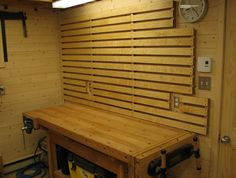hello a little tutorial on the effective storage tools on the wall in a workshop I found this on a Canadian site that I retranslated and redone for the compr Source by rmitillier Basement Shelving, Wood Shelves, Garage Shed, Garage Workshop, Diy Workshop, Garage Organization, Garage Storage, Shop Storage, Workbench Stool