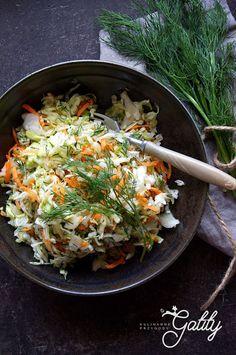 Co można jeść podczas diety warzywno-owocowej dr Dąbrowskiej | Kulinarne przygody Gatity - przepisy pełne smaku Fruit And Vegetable Diet, Party Finger Foods, Fruits And Vegetables, Sushi, Recipies, Vegan Recipes, Eat, Cooking, Ethnic Recipes