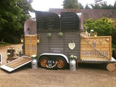 19 Ideas Diy Food Trailer Ideas For 2019 - Best food deas Mobile Bar, Mobile Shop, Box Trailer, Trailer Diy, Converted Horse Trailer, Horse Box Conversion, Mobile Coffee Shop, Prosecco Bar, Catering Trailer