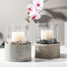 Concrete candle holders with glass Cement Pots, Concrete Cement, Concrete Design, Concrete Crafts, Concrete Projects, Diy Projects, Concrete Candle Holders, Beton Diy, Creation Deco
