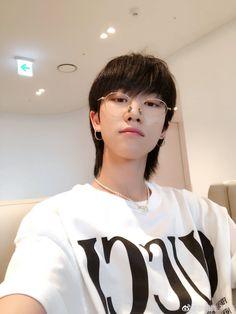 minghao_o IG update Jeonghan, Wonwoo, Seventeen Memes, Seventeen Debut, K Pop, Seventeen Minghao, Seventeen Woozi, Mullets, Pop Bands