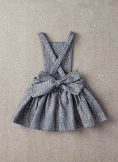 Nellystella Ella Dress in Light Grey Foil - – Hello Alyss - Designer Children's Fashion Boutique Fashion Kids, Baby Girl Fashion, Sewing Hacks, Sewing Tutorials, Sewing Tips, Sewing Ideas, Sewing Crafts, Sewing Projects For Beginners, Diy Projects