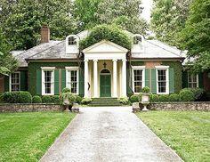 Elegant Edge | Traditional Home