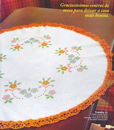 ** Li bordados **: Toalha de mesa redonda...