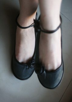 Different Rose leather shoes from TheDrifterLeather