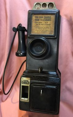 Here is an original Gray/Western Payphone Antique Phone, Booth Decor, Phone Lockscreen, Vintage Phones, Vintage Humor, Old Things, Phone Cases, Antiques, Pretty Pictures