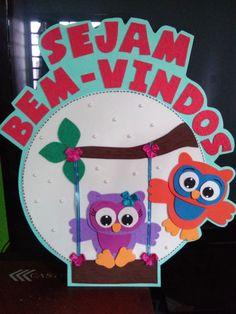 Placa de Porta bem-vindos corujinha.    Pode ser feita em outras cores, conforme o seu gosto!    Medidas aproximadamente: 40 cm x 30 cm.      Painel em e.v.a.
