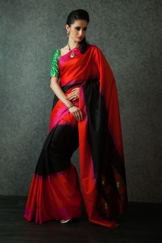 W16-128 - Handloom saree weaved in pure silk with contrast weaved blouse